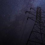 Napelem-hackelés: padlóra küldhető a villamosenergia-hálózat