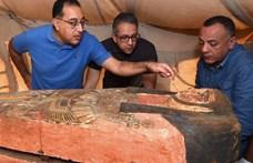 Sorra kerülnek elő a lezárt koporsók Egyiptomban, most megint találtak párat
