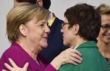 Újabb kísérlet Merkel eltávolítására