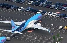 Már a parkoló is tele van a hibás Boeing-gépekkel a cég gyáránál