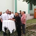 Jobbik: A Fidesz a cigányság megvásárlásával nyerte meg a miskolci időközit