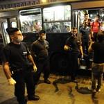 A debreceni vonatról szállították le a hasmenéssel küszködő menekülteket