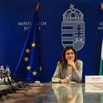 Megelégelte a várakozást Brüsszel, újabb eljárást indíthat a civiltörvény miatt