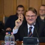 Állandó szerződést kötött Répássy Róberttel a Miniszterelnökség