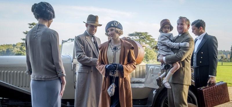 Downton Abbey-t igazán lerohanhatta volna a történelem