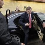 Botrány Szlovákiában: titkárnőjével csókolózott Fico