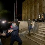 Rendőrök lőttek agyon egy albán fiatalt, aki megsértette a kijárási tilalmat, lemondott a belügyminiszter