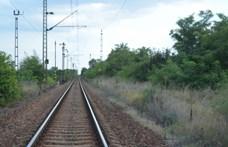 Gázolt a vonat Dunakeszin