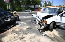 Három autó ütközött a Váci úton, egy Suzuki rommá tört