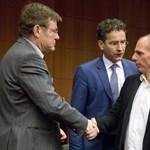 Megvan a döntés: négy hónapot kaptak még a görögök