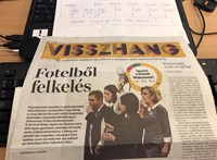 Először jelent meg a Népszava mellékleteként a Vasárnapi Hírek