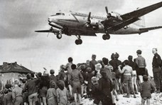 Új alapokon a német-szovjet viszony: lőnek és segélyeznek – 1990. november 28.