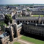 Aktfotókkal népszerűsítik Cambridge diákújságát