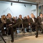 Már most Simicskával küzd az ellenzék a kampányban