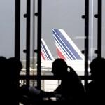 A kifutópályán lettek rosszul a stewardessek, törölték az Air France-járatot