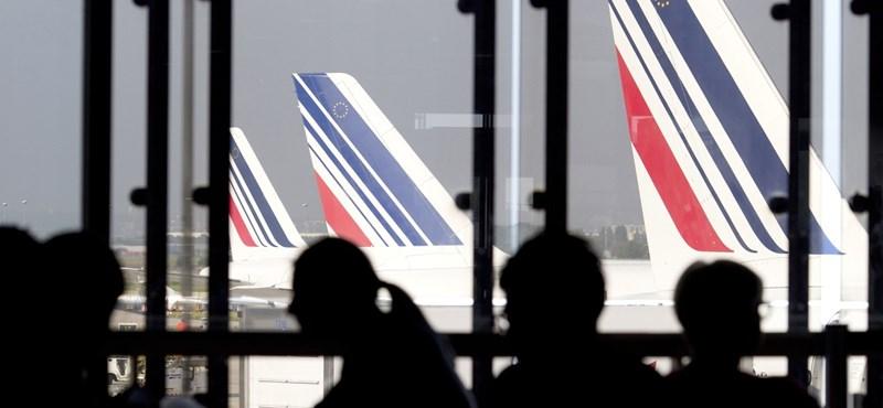 Lebukott 11 légitársaság: megbeszélték az áraikat