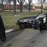 Nagyot esett és rommá tört egy Shelby GT500 - fotók