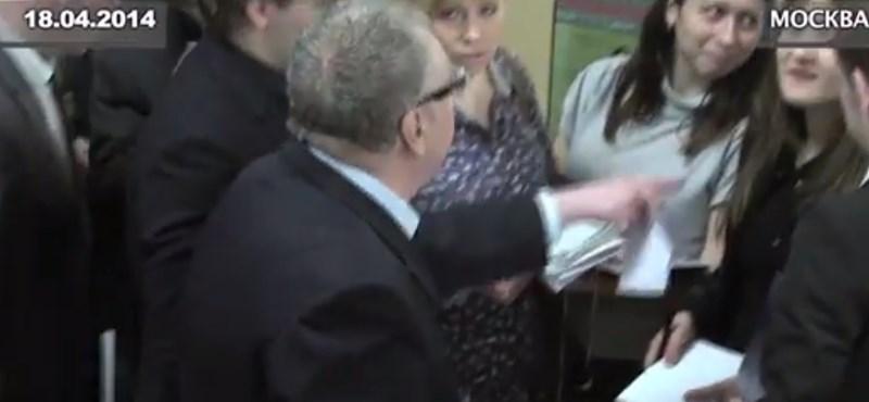 Zsirinovszkij esze teljesen elment – videó