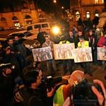 Gyurcsány és az MDF volt szóvivője is beszél a Charta tüntetésén