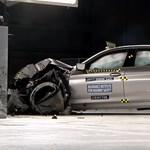 Az új 5-ös BMW a világ egyik legbiztonságosabb autója – videó