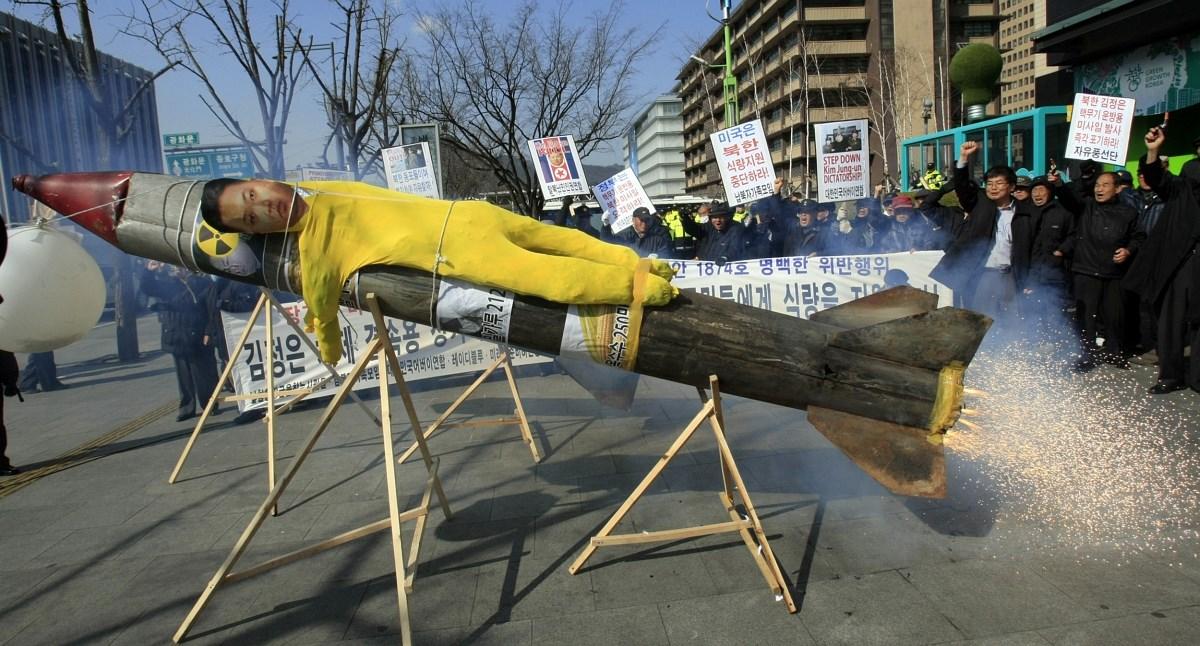 Kitört a koreai-japán rakétapánik - Nagyítás-fotógaléria