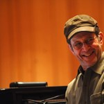 A mai kortárs zene egyik legmeghatározóbb alakja, Steve Reich 75 éves