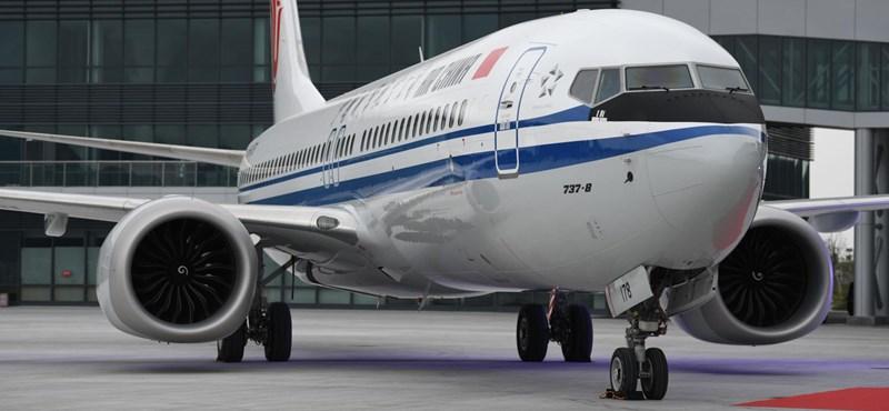 Vert helyzetből érkezett a Boeing, mégis ellopta a légishow-t Párizsban