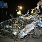 Hárman haltak meg egy jászsági balesetben