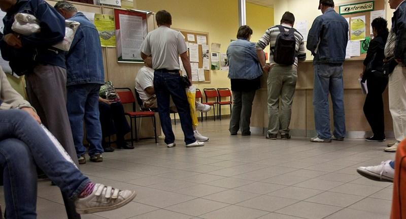 Negyvenmilliárdot tettek félre azoknak a munkanélkülieknek, akik hajlandók vállalkozást indítani