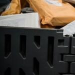 Még tovább drágulhat a csomagkézbesítés