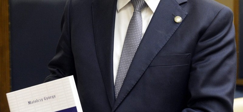 Visszatámad, jogi lépésekkel fenyegetőzik Matolcsy jegybankja