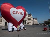 Visszavonja a kormány a civiltörvényt