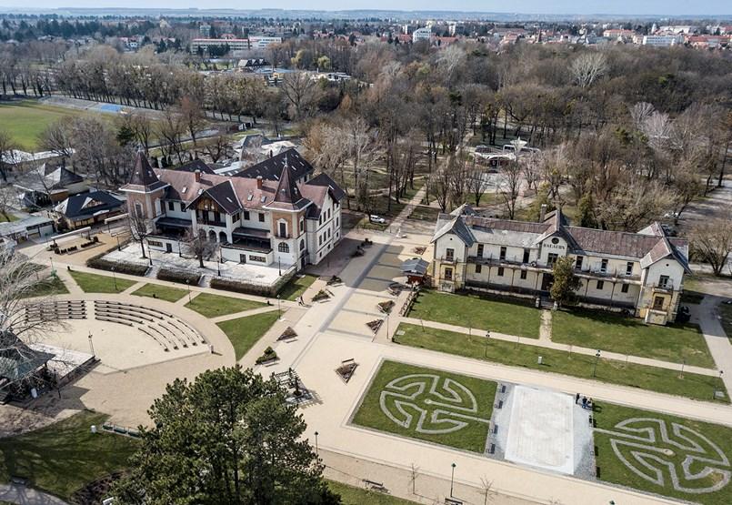 Megijedt a Fidesz, hogy a többség nem azt gondolja, amit a párt