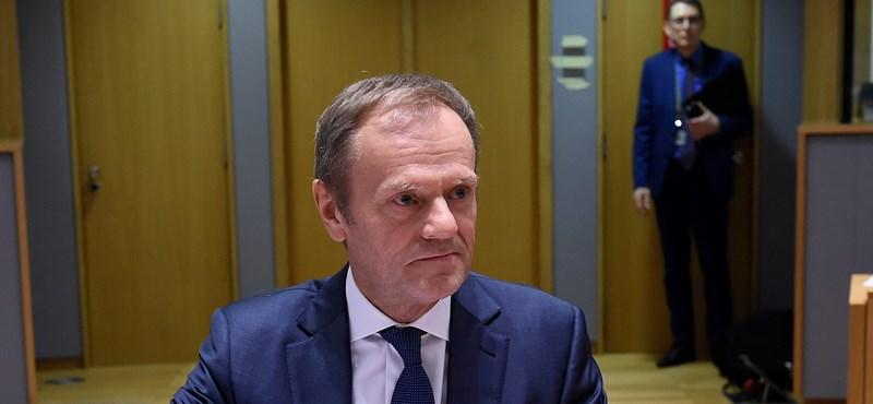 Tusk máris reagált a brit szavazásra: rendkívüli EU-csúcsot hívott össze