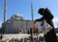 Törökországban 4000-nél többel nőtt a fertőzöttek száma