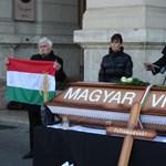 Videó: Eltemették a magyar vidéket