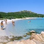 Feladta, elköltözik szigetéről az olasz Robinson Crusoe