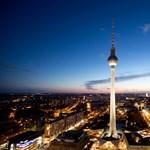 Berlin, Alexanderplatz: Valami történjen már!