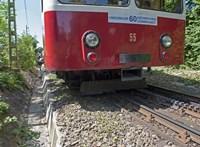 Telebusz-rendszerű busszal pótolják a fogaskerekűt a Széchenyi-hegynél
