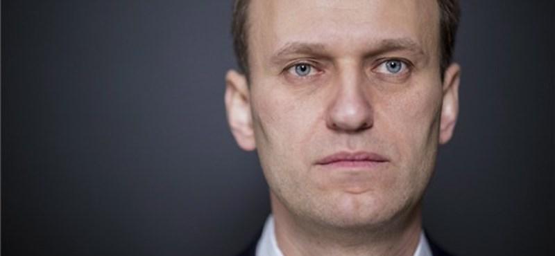 Navalnij kicsit jobban van, de maradandó hatásai lehetnek a mérgezésének