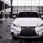 A legkeményebb arcú Lexus lett az új IS