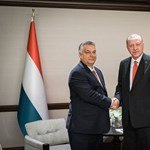 Erdogan Szíriára támadt, Orbán is újabb csapást mért az unióra és a NATO-ra
