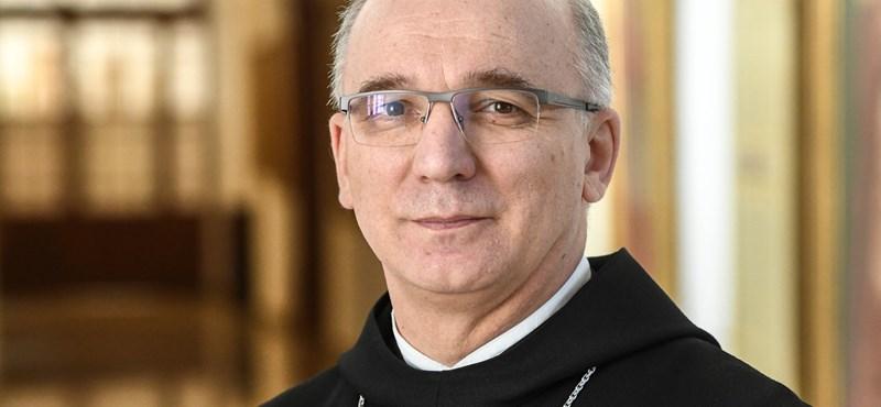 """Új pannonhalmi főapát: """"Az egyháznak nem csak a saját tagjai iránt van küldetése"""""""