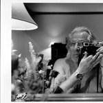 """Sárgaházaktól a Playboyig ívelt a """"megbocsáthatóan hangsúlyos"""" fotóművész pályája"""