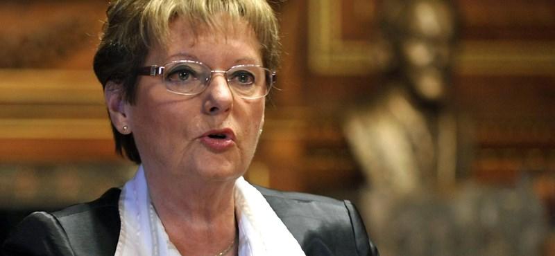 Hoffmann Rózsa: jó hangulatú, de kemény a szakszervezeti konzultáció
