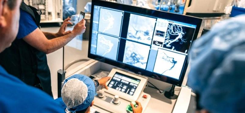 Felcsillant a remény a sztrókot kapott betegek számára, egy kanadai orvosi robot mutatta meg, mit tud