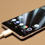 Kezünkben a gyönyörű kijelzős új Sony csúcsmobil, az XZ3