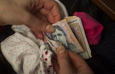 Fejenként 600 ezer forintot tartanak otthon a magyarok