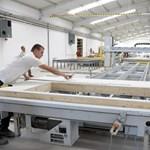 Készház gyárat avattak Esztergomban