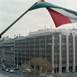 Eltűnik a Kossuth tér legrondább épülete